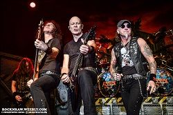 ACCEPT--NIGHT-DEMON--L-ELYSEE-MONTMARTRE--01-F