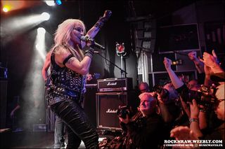 DORO--NO-SLEEP-FOR-LUCY--LE-FORUM-DE-VAUREAL--